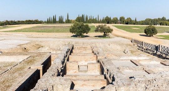 Sevilla_italicaTermas_mayores,_ruinas_romanas