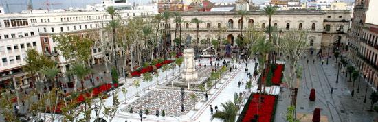 Sevilla_monumenten-gemeentehuis-Plaza-Nueva.jpg