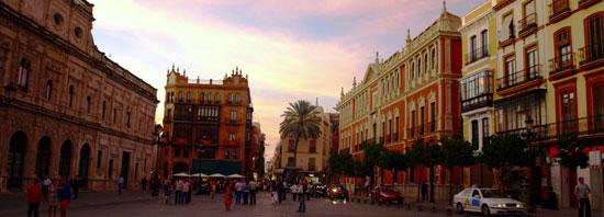 Sevilla_monumenten-gemeentehuis-Plaza-de-San-Francisco.jpg