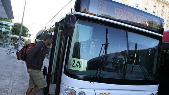 Sevilla_ov-bus-g.jpg