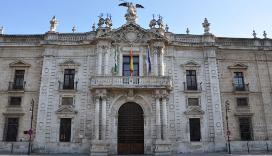 Sevilla_wandeling-opera-.-Antigua-Fabriba-de-Tabacos-.jpg