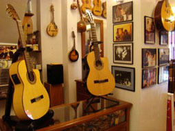 Sevilla_winkels-spaanse-gitaren